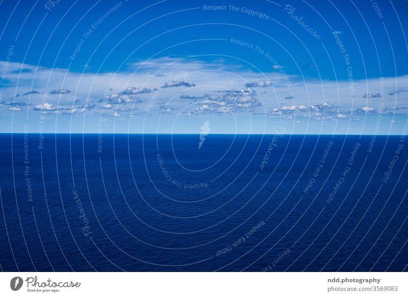 Meer, Himmel, Wolken Mittelmeer Himmelblau Wetter Schönes Wetter Außenaufnahme Menschenleer Farbfoto Wasser Küste Natur Horizont Ferne Unendlichkeit reisen