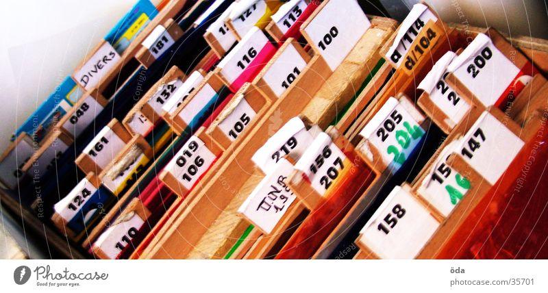 bunte Ordnung Farbe Schilder & Markierungen Ordnung Mischung Beschriftung mehrfarbig