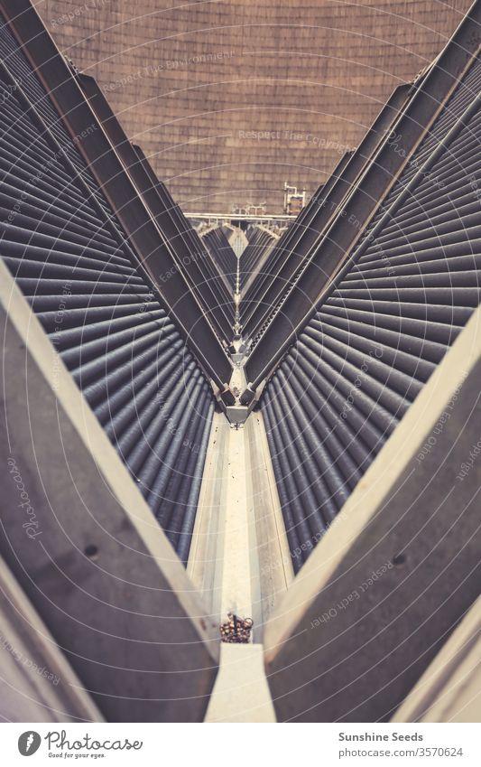Im Inneren eines Kühlturms für ein Kraftwerk Afrika Energie Johannesburg Südafrika Air Atmosphäre Kohlenstoff Schornstein Klimawandel kühlen Schaden Dioxid