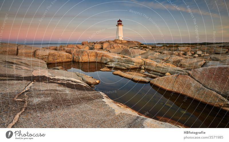Leuchtturm Meer Küste Landschaft Natur Außenaufnahme Strand Insel Umwelt Wellen Ferien & Urlaub & Reisen Tourismus Menschenleer Sommerurlaub Wasser Freiheit