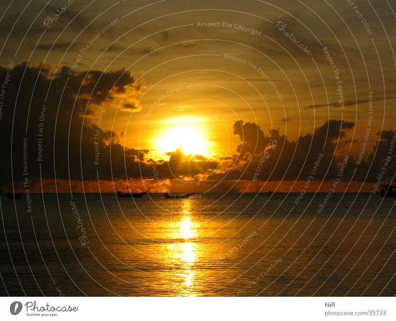 sunrise01 Meer Strand Wolken gold Romantik