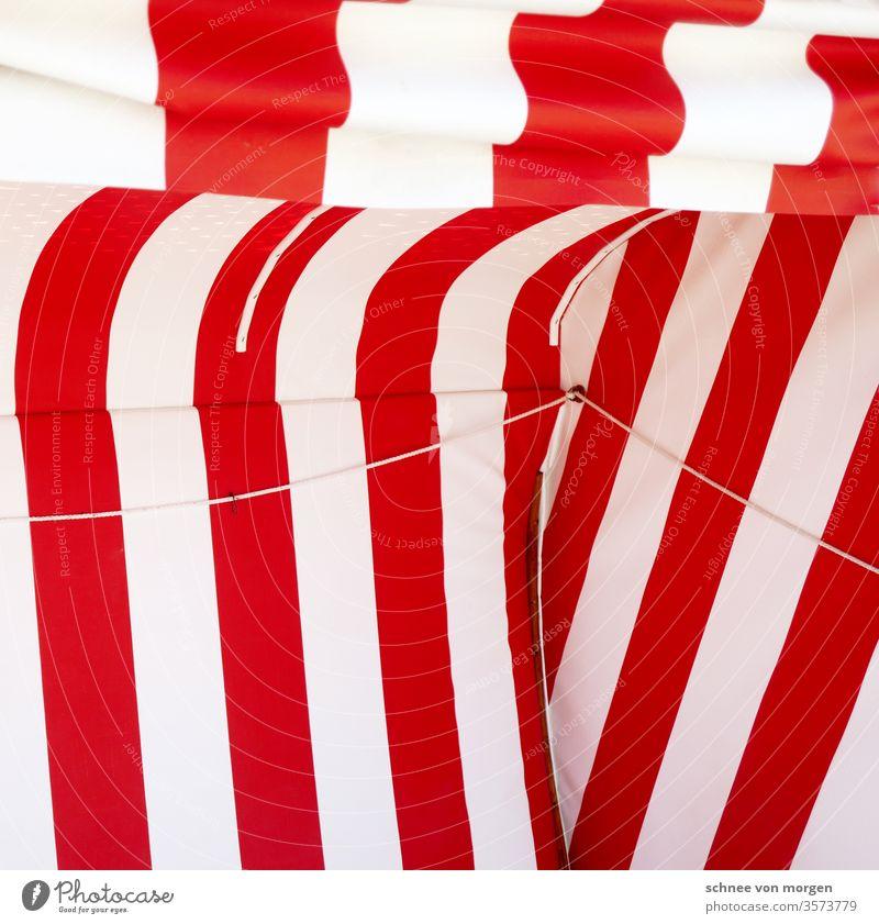 Ferien in rot weiß mit Sicht zum Meer Sand beach strandkorb strandkörbe Nordsee entspannend Urlaub Ferien & Urlaub & Reisen Sonne am Strand