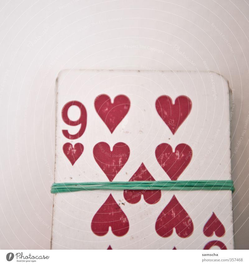 neun Herzen II rot Liebe Spielen Freizeit & Hobby Erfolg Herz Ziffern & Zahlen Zeichen Sucht Entertainment verlieren Spielkarte Ornament 9 Spielkasino Poker