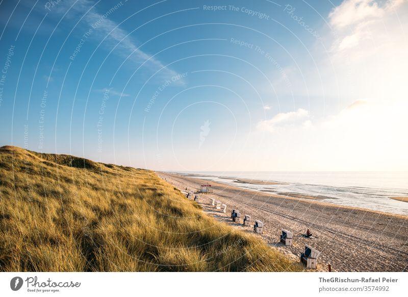Sandstrand in Sylt Strand Urlaub Ferien & Urlaub & Reisen Schönes Wetter Nordsee Sommer Meer Wasser Himmel blau Menschenleer Sonnenuntergang Stranddüne