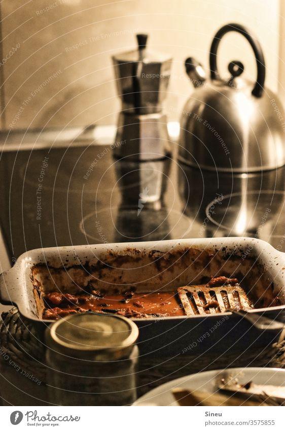 Clean eating. Ernährung Gesunde Ernährung Foodfotografie Essen Abendessen Essen zubereiten kochen kochen & garen Küche Herde Wasserkessel Lasagne Auflauf