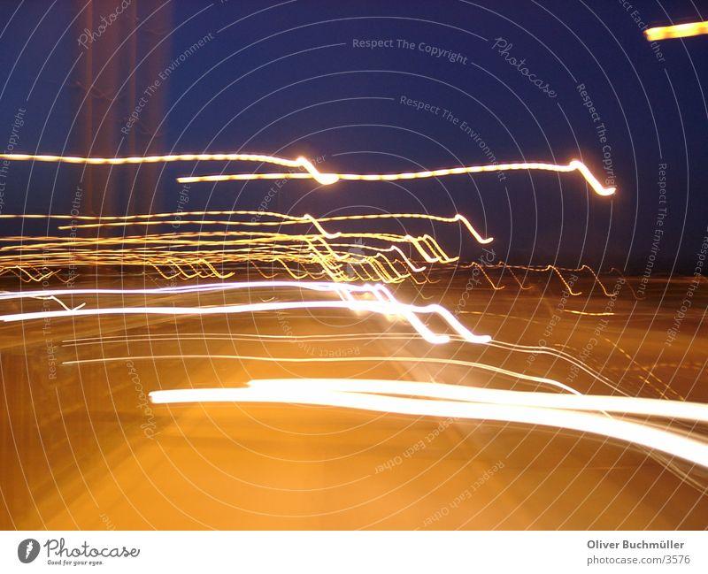 Cars by night - Mainz Nacht Geschwindigkeit Mobilität Scheinwerfer Brücke