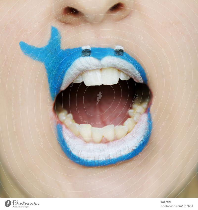 Rettet die Wale Mensch maskulin feminin Gesicht Mund Lippen Zähne 1 Natur Tier Tiergesicht blau Gefühle Fisch Tierschutz Rettung angemalt Schminke lustig