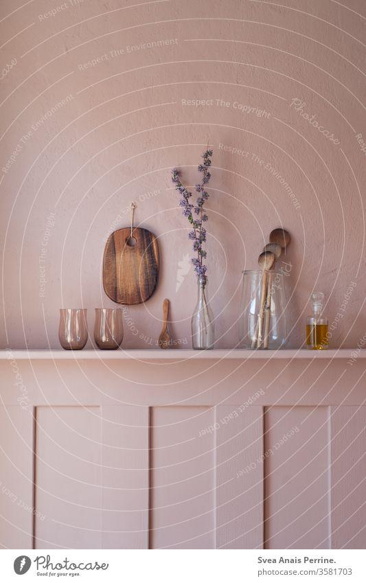 Frühstück in Farbe Wand wandfarbe natürliches Licht Essen Ernährung Gesundheit Lebensmittel Vegane Ernährung Foodfotografie Raumausstattung rosa wohnen