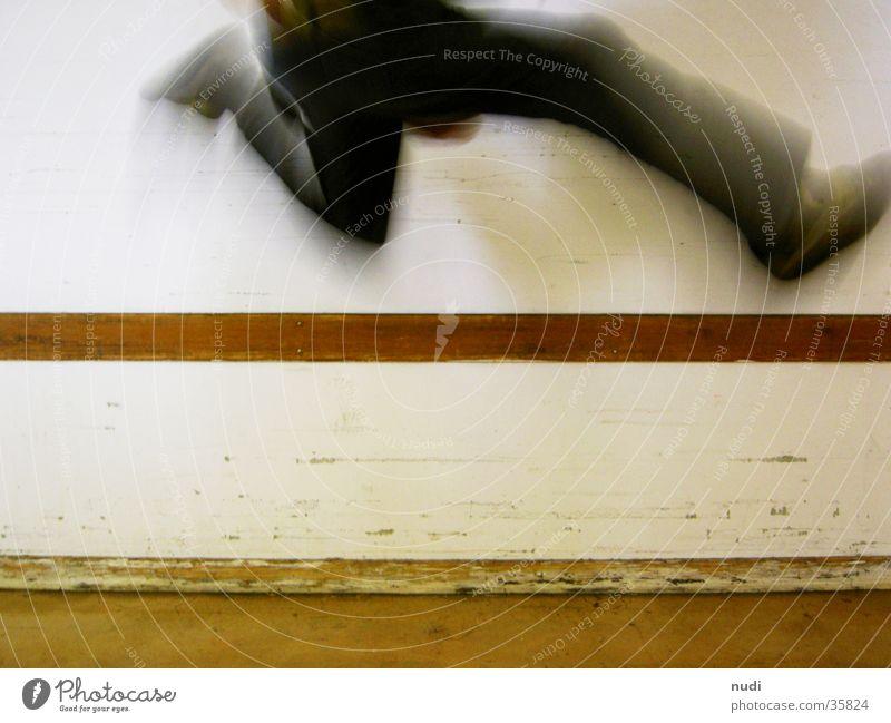 jump #2 weiß springen Bewegung Schuhe Beine