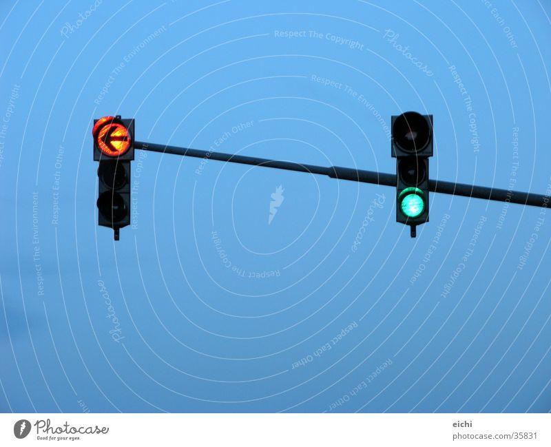 stangenampel! Ampel Verkehr Geschwindigkeit Zeit Dämmerung Ehe grün Dinge Himmel blau Abend