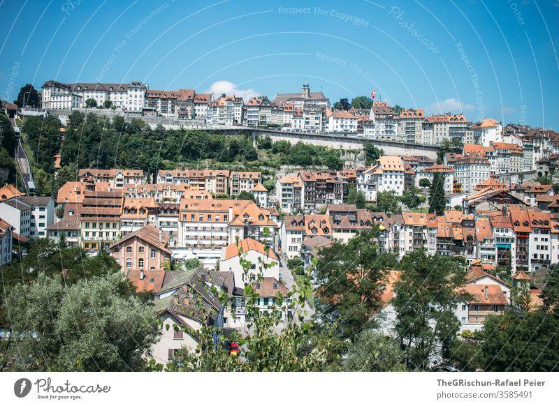 Freiburg Schweiz - Sicht auf Häuser Häuserzeile Bauwerk Europa Stadtzentrum Architektur Sehenswürdigkeit häuserzelle Tourismus Altstadt