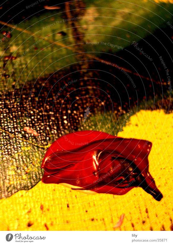 Acryl-Klecks #1 Acrylfarbe Gemälde rot gelb grün abstrakt Makroaufnahme Nahaufnahme streichen Farbe Farbmischung Projektionsleinwand
