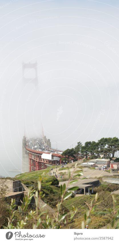 san francisco die berühmte goldene brücke Symbol Metropole Revier Ziele neblig Küste Cloud Tourist Licht Nebel Abenddämmerung historisch Golden Gate Bridge