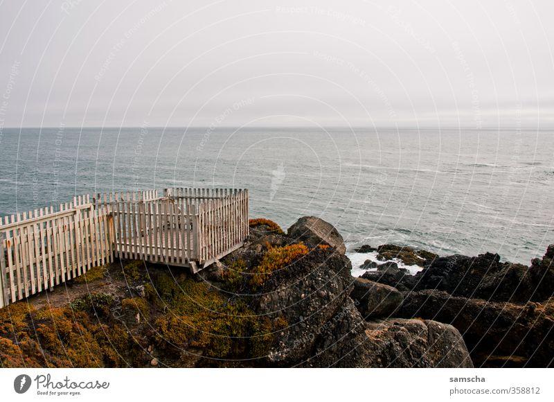 Fernweh II Himmel Natur Ferien & Urlaub & Reisen Wasser Meer Landschaft Umwelt Ferne Reisefotografie Freiheit Küste Felsen Wellen wild Tourismus Ausflug
