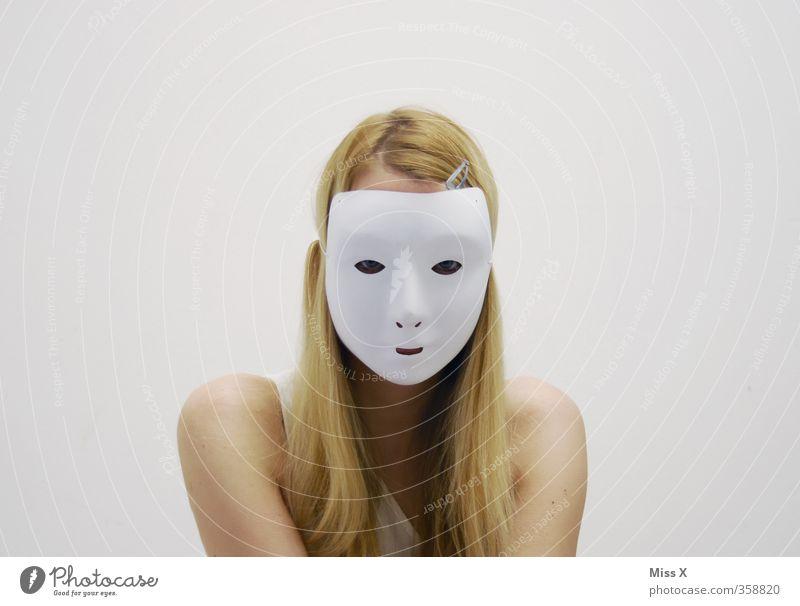Inkognito Mensch Frau Kind Jugendliche weiß Junge Frau Erwachsene Gesicht 18-30 Jahre feminin Gefühle Stimmung blond Lächeln 13-18 Jahre geheimnisvoll