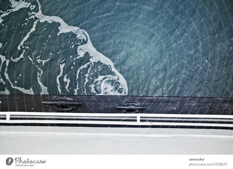 auf dem Schiff Ferien & Urlaub & Reisen Wasser Meer Umwelt See Wasserfahrzeug Wellen Tourismus Verkehr nass Ausflug Schifffahrt Wasseroberfläche Personenverkehr
