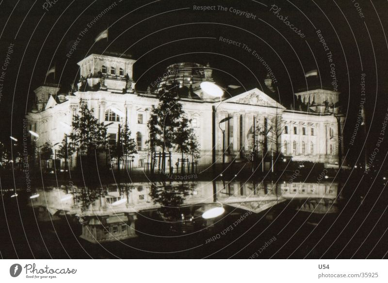 Reichstag..? Haus Berlin Gebäude Architektur Hauptstadt Deutscher Bundestag