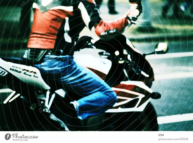 Augenwinkel.. Motorrad Geschwindigkeit Luft Verkehr Straße Rasen Bewegung Freiheit