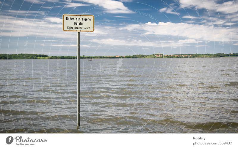 Baden auf eigene Gefahr Schwimmen & Baden Schwimmsport Strand Meer Wellen Wassersport Natur Landschaft Küste Seeufer Teich Schilder & Markierungen Hinweisschild