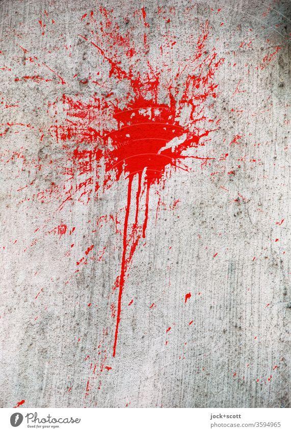 Roter Farbfleck klatscht voll auf Alltagsgrau Farbe rot Kreativität Subkultur Strukturen & Formen abstrakt Straßenkunst trashig Kunst Wand Farbverlauf
