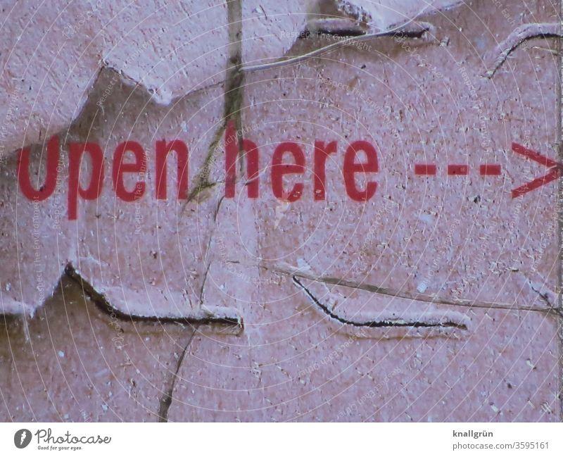 Open here öffnen aufreißen aufmachen Perforierung Pfeil Richtung Schilder & Markierungen Orientierung Hinweisschild Navigation Zeichen Empfehlung