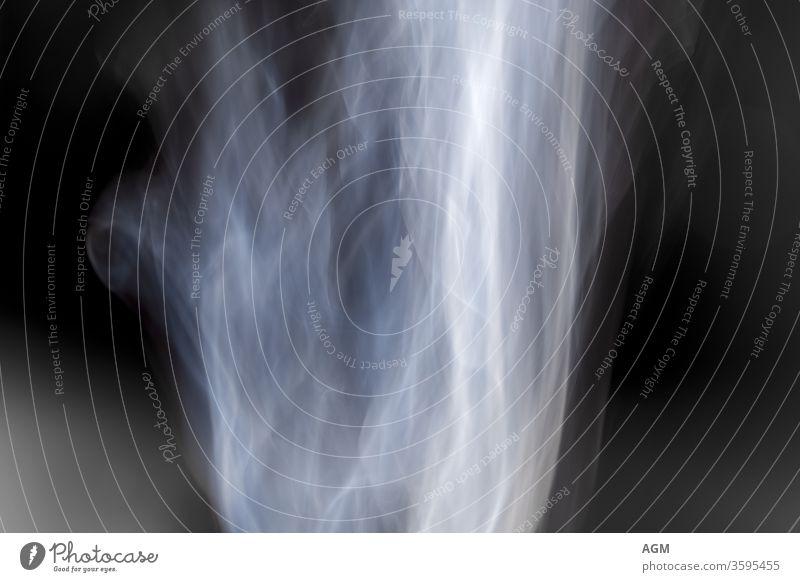 Textur Hintergrund mystisches Rauchmuster abstrakt Air schwarz Schlag bläulich Zigarette Cloud Konzept Kurve dunkel Design dynamisch Einfluss Auspuff fließen