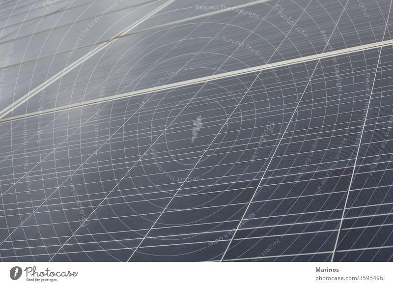 Nahaufnahme eines Solarpanels. Erneuerbare Energie. solar Paneele Panel regenerativ Kraft blau Sonne Himmel grün Technik & Technologie Umwelt Elektrizität