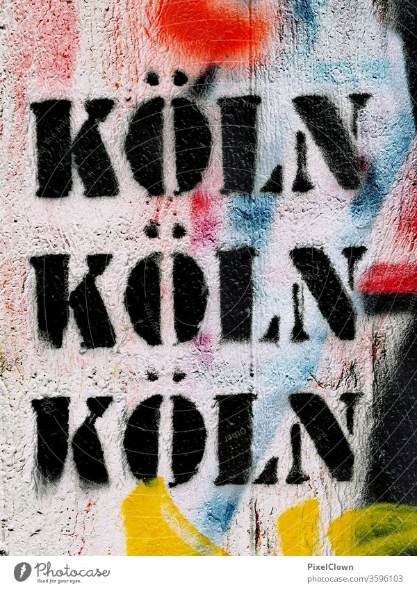 Köln Dom Farbfoto Rhein Sehenswürdigkeit Wahrzeichen Graffiti Nordrhein-Westfalen Deutschland Stadt