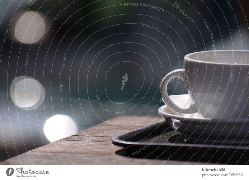 Kaffeepause Ferien & Urlaub & Reisen weiß Erholung Holz Tourismus Design Tisch genießen Pause Lebensfreude trinken Dienstleistungsgewerbe Tasse Kaffeetasse