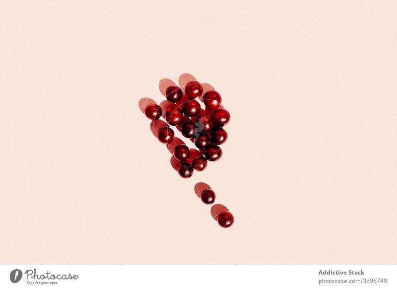 Weintrauben auf rosa Hintergrund Traube sehr wenige Frucht reif gesunde Ernährung Atelier Vitamin lecker Lebensmittel Brief frisch geschmackvoll organisch süß