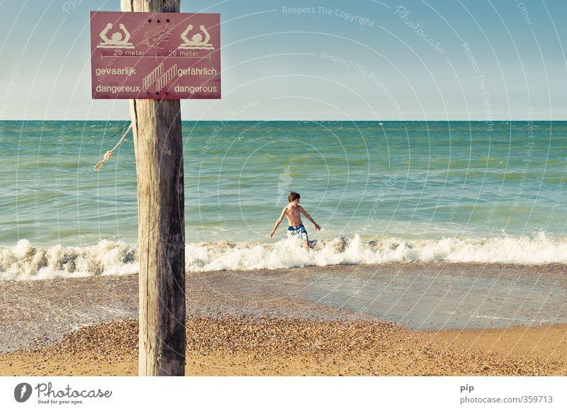 gevaarlijk Mensch Natur Ferien & Urlaub & Reisen blau Wasser Sommer Meer Freude Strand kalt Junge Küste Schwimmen & Baden Horizont braun Wellen