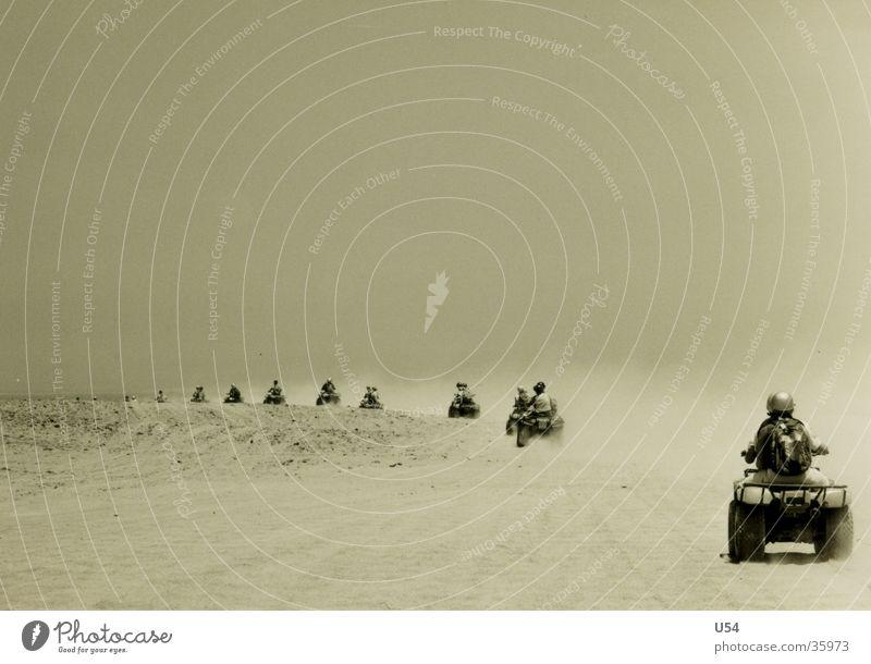 Safari Buggy (Motorrad) fahren Schweiß Geschwindigkeit Ägypten Zufriedenheit Wüste Sonne Stuab Sand