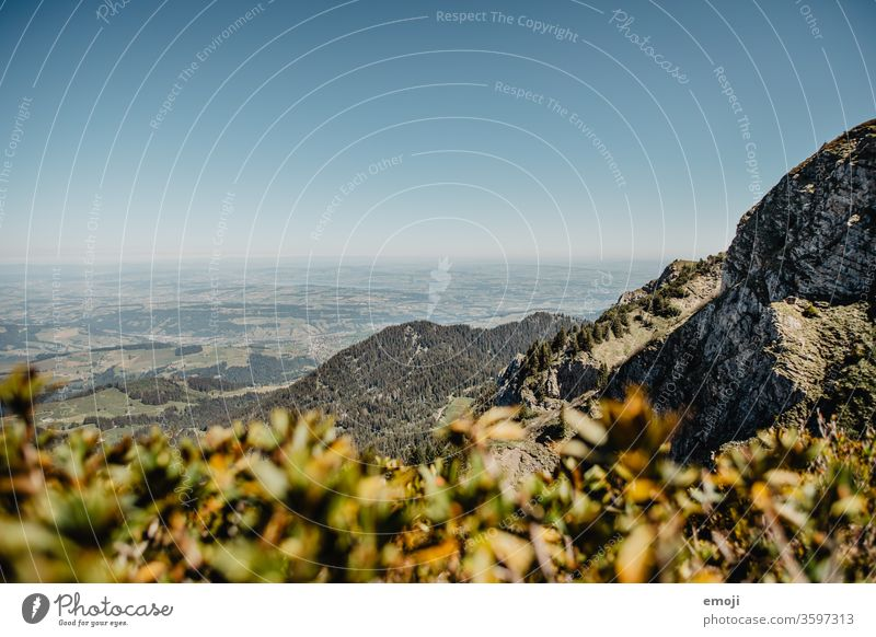 Aussicht vom Berg Pilatus (Gipfel Mittaggüpfi) Luzern, Schweiz berg pilatus mittaggüpfi aussicht blauer himmel schönes wetter wandern wandertag ausflug schweiz
