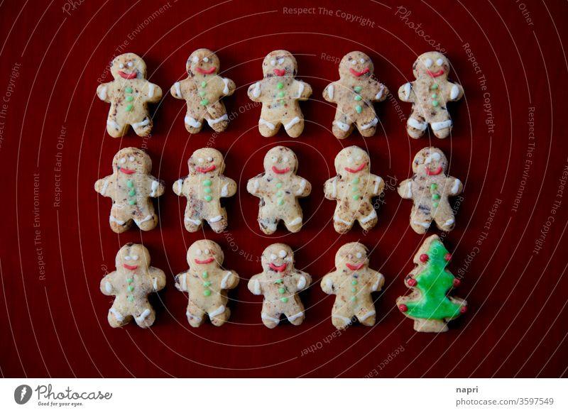 eingemischt | Viele kleine Keksmännchen und ein Tannenbaum, Weihnachtsplätzchen Weihnachten & Advent Plätzchen Weihnachtsgebäck individuell Integration anders