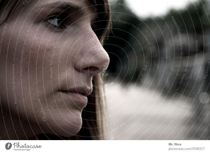 noch ein I Lieblingsmensch Gesicht Haut schön langhaarig Auge natürlich Gesichtsausdruck zart weich ästhetisch verträumt Neugier Gefühle attraktiv Sehnsucht