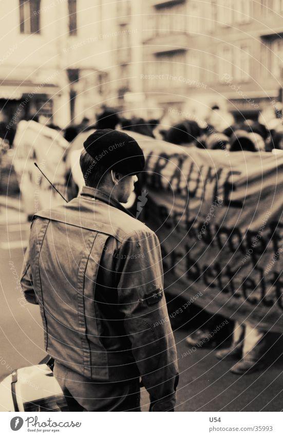 Yorck 59 Mensch Menschengruppe Polizist anstrengen Aggression Demonstration hilflos Versammlung
