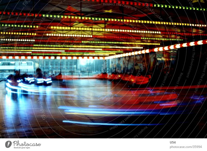 Noch ne Runde... Auto-Skooter Jahrmarkt Freizeit & Hobby bums Freude Licht Unschärfe