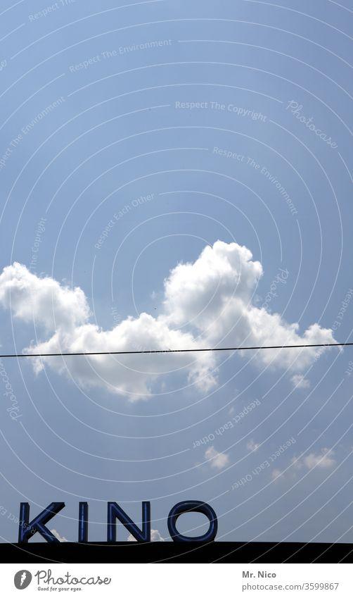 großes Kino Filmindustrie Freizeit & Hobby cinema Theater Kultur Himmel Wolken Schriftzeichen Linie Kabel ausgehen Perspektive Vorfreude Silhouette Kontrast