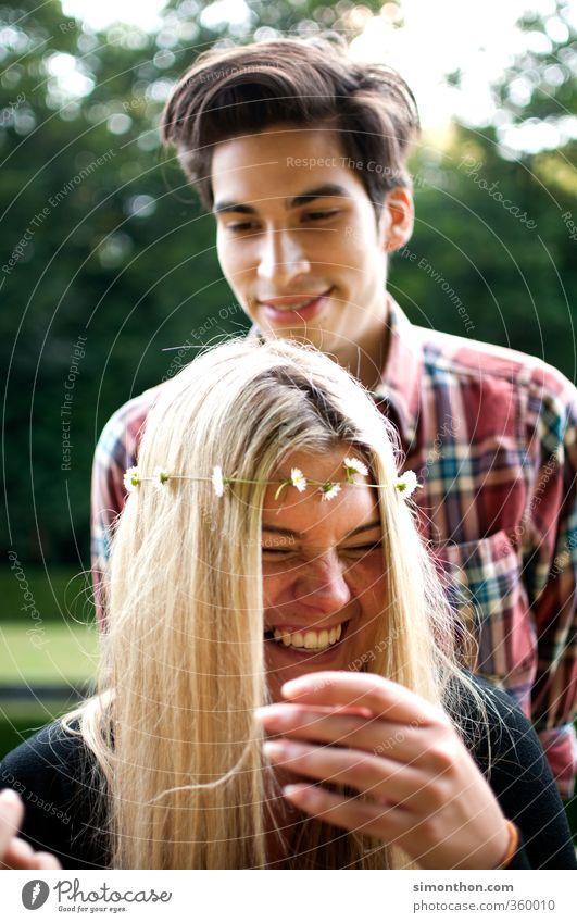 Freundschaft Mensch Natur Jugendliche Ferien & Urlaub & Reisen Freude Erwachsene 18-30 Jahre Liebe Leben Glück Paar Familie & Verwandtschaft Zusammensein