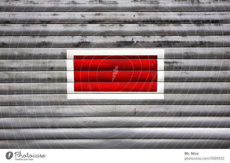 Mittelpunkt rot dreifarbig Alarm Signalfarbe Rolltor Achtung Grafik u. Illustration Orientierungspunkt Ziel Schwerpunkt Perspektive Präzision einfach Warnschild