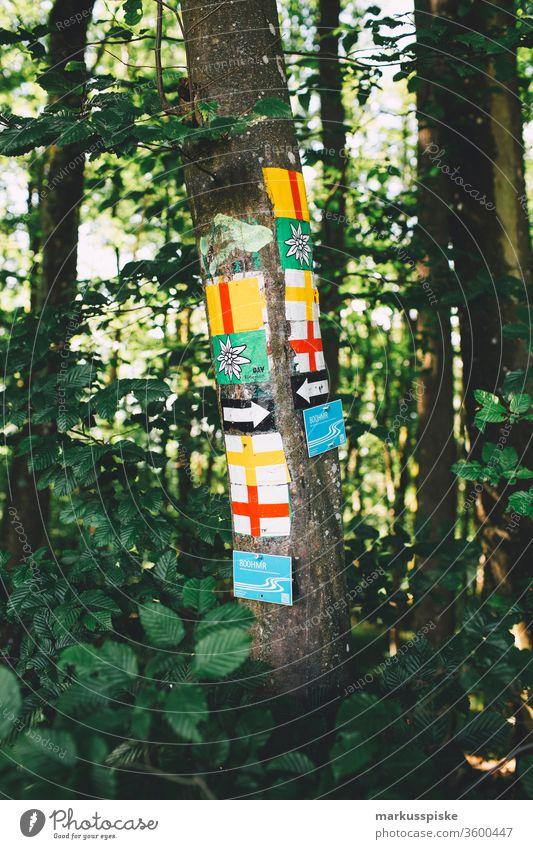 Wandermarkierung Fränkische Schweiz wandermarkierung wandern Wegweiser Franken Bayern Oberfranken Trubachtal