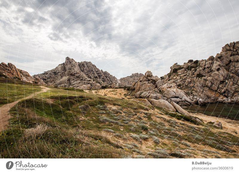 Capo Testa –Sardinien - bizarr geformt beeindruckende Granitfelsen im Valle di Luna. Das Paradies für die 68er….. Reisefotografie Mittelmeer Europa