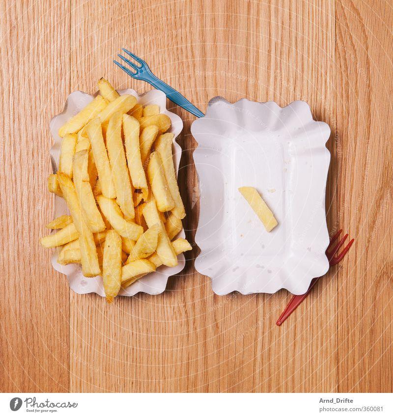 So lonely 4 Einsamkeit 1 Traurigkeit Gesunde Ernährung klein Essen Lebensmittel Speise groß Foodfotografie viele Kunststoff Teile u. Stücke Partnerschaft Holzbrett Teller