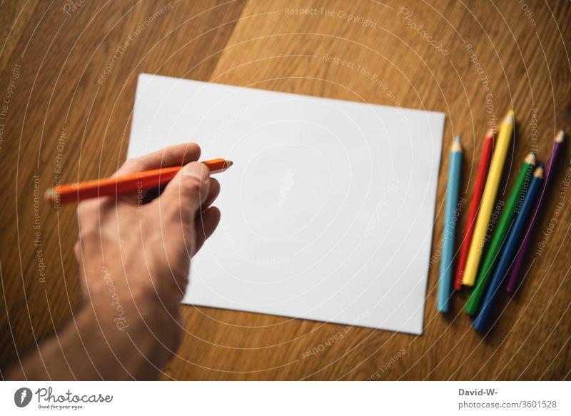 Buntstifte - was soll ich malen Stifte farben farbenfroh kreativ Kreativität Blatt Zettel Textfreiraum Papier zeichnen Farbfoto Kunst Innenaufnahme Schreibstift
