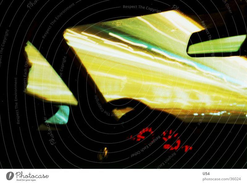Faster Mobilität Geschwindigkeit Nacht Tachometer Langzeitbelichtung Verkehr Rasen PKW bmw