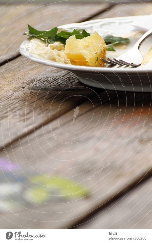 AST6 Inntal | Nachbarstisch Lebensmittel Gemüse Ernährung Mittagessen Abendessen Bioprodukte Vegetarische Ernährung Diät Fasten Geschirr Teller Besteck Gabel