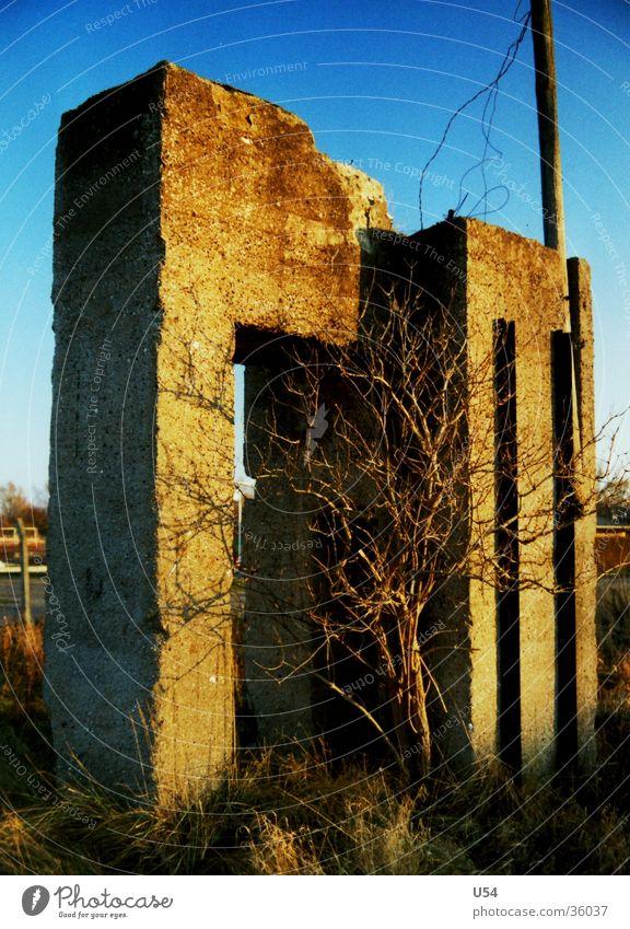 beton #3 Himmel Sonne Haus Architektur Beton Ruine Krieg Dachboden