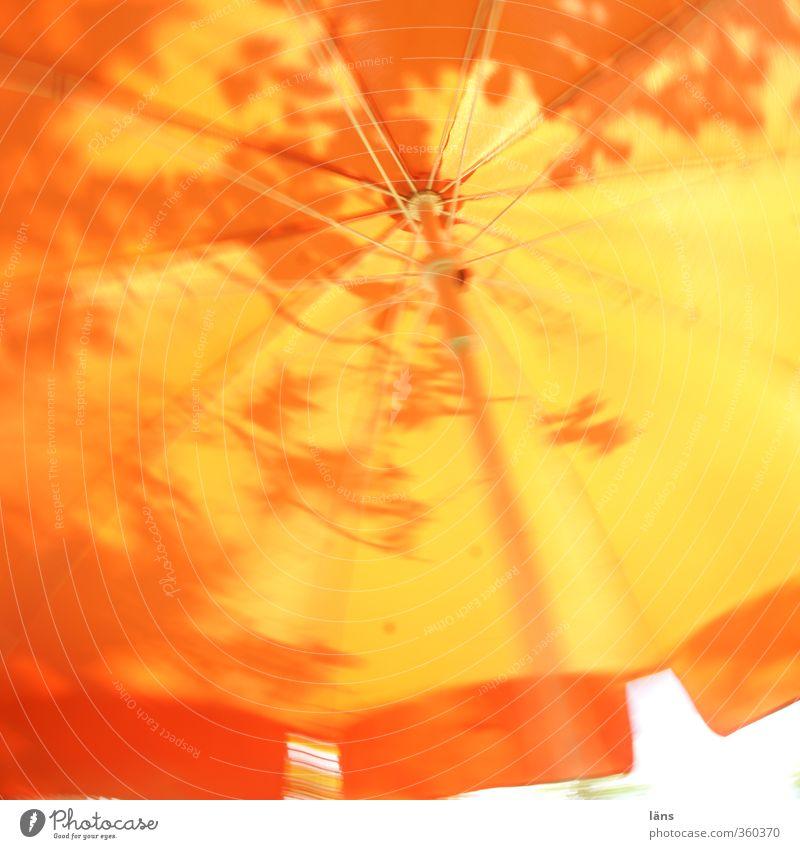 Sommerkarussel Sonne Blatt orange Schutz Sonnenschirm