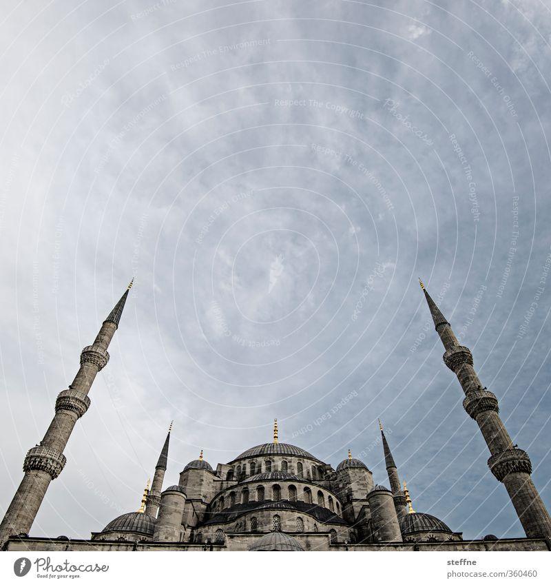 1001 Nacht Himmel Wolken Sommer Schönes Wetter Istanbul Türkei Hauptstadt Stadtzentrum Altstadt Kirche Fassade Sehenswürdigkeit Wahrzeichen Blaue Moschee