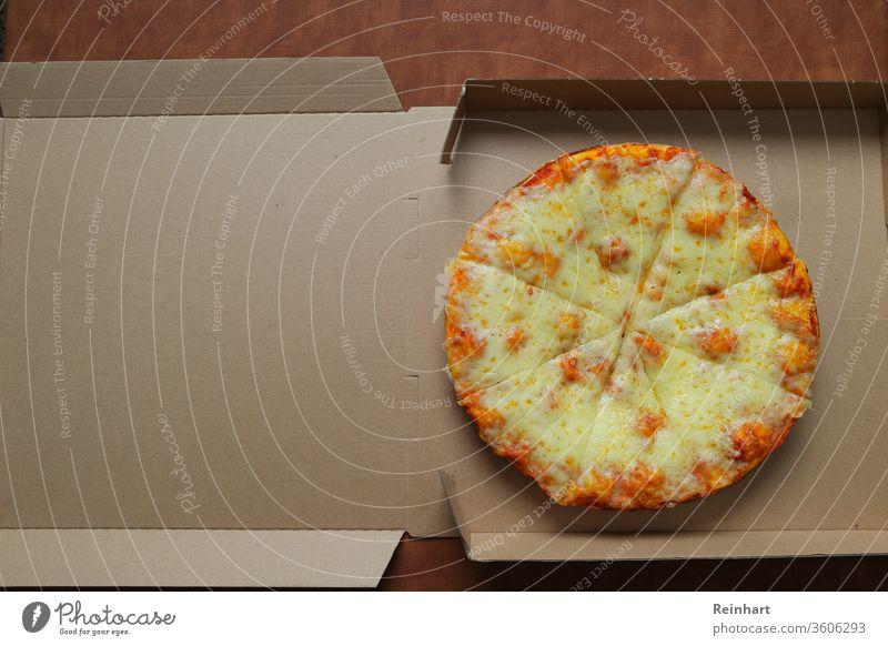 Käse-Pizza Italienische Küche flache Verlegung Lebensmittel selbstgemacht obere Ansicht Abendessen geschmolzener Käse Mahlzeit traditionell Draufsicht